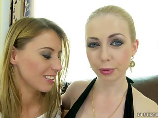 Smoking hot blondes Isabella Clark and Nikki Thorne will be fisting each other's nice ass.