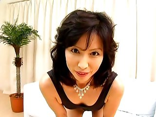 Nami Okouchi is a hot milf Asian lady