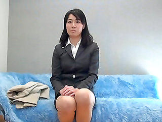 Japanese MILF is a businesswoman who is no stranger to steamy sex