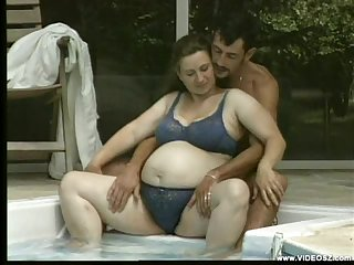 Pregnant BBW Outdoor Fucking in Pool