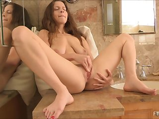 Savory girl uses her free time do masturbate the gorgeous shaved slit